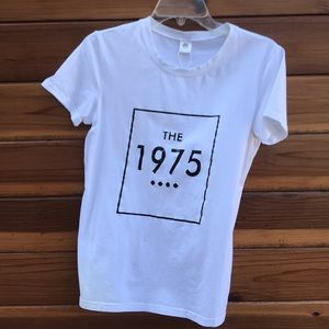 Tops - The 1975 white graphic T
